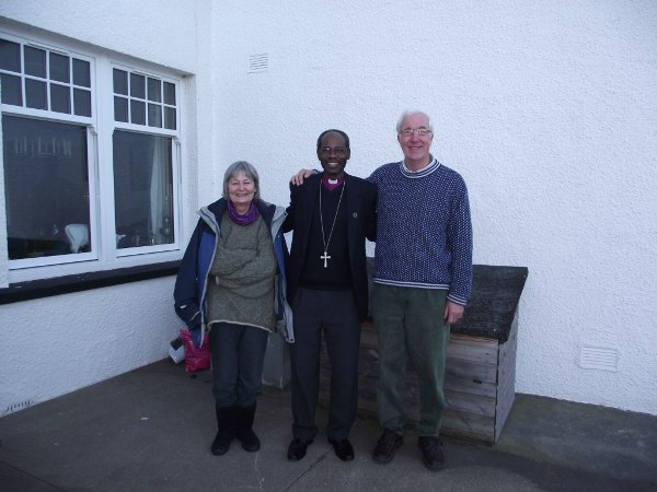 Bishop Mwita with John & Della Rea during the Edinburgh visit. John is a member of the Overseas Committee, Scottish Episcopal Church.