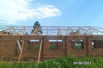 2-Early stages of roofing at Gamasara.