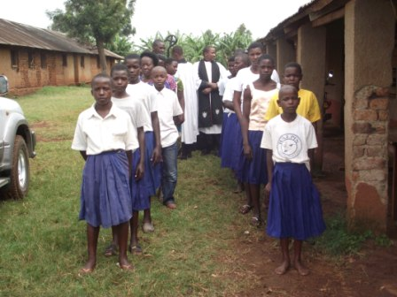 Nyamwigura choir leading the procession